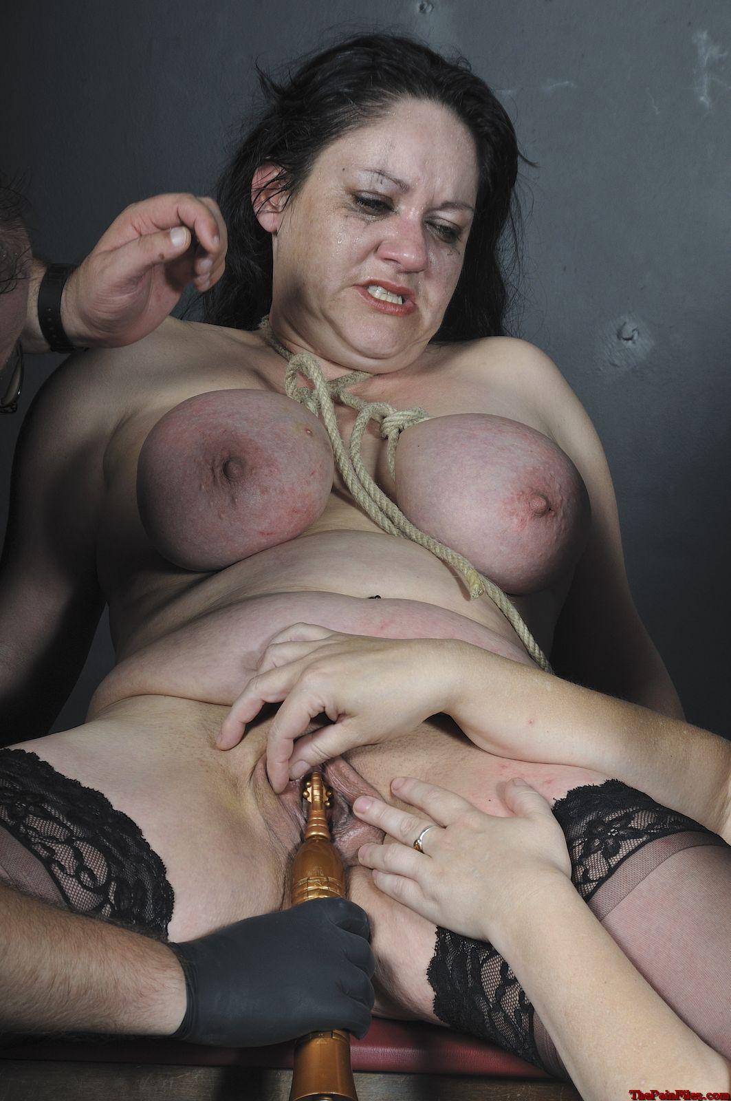 Фотогалерея унижения пожилых женщин бесплатно 5 фотография
