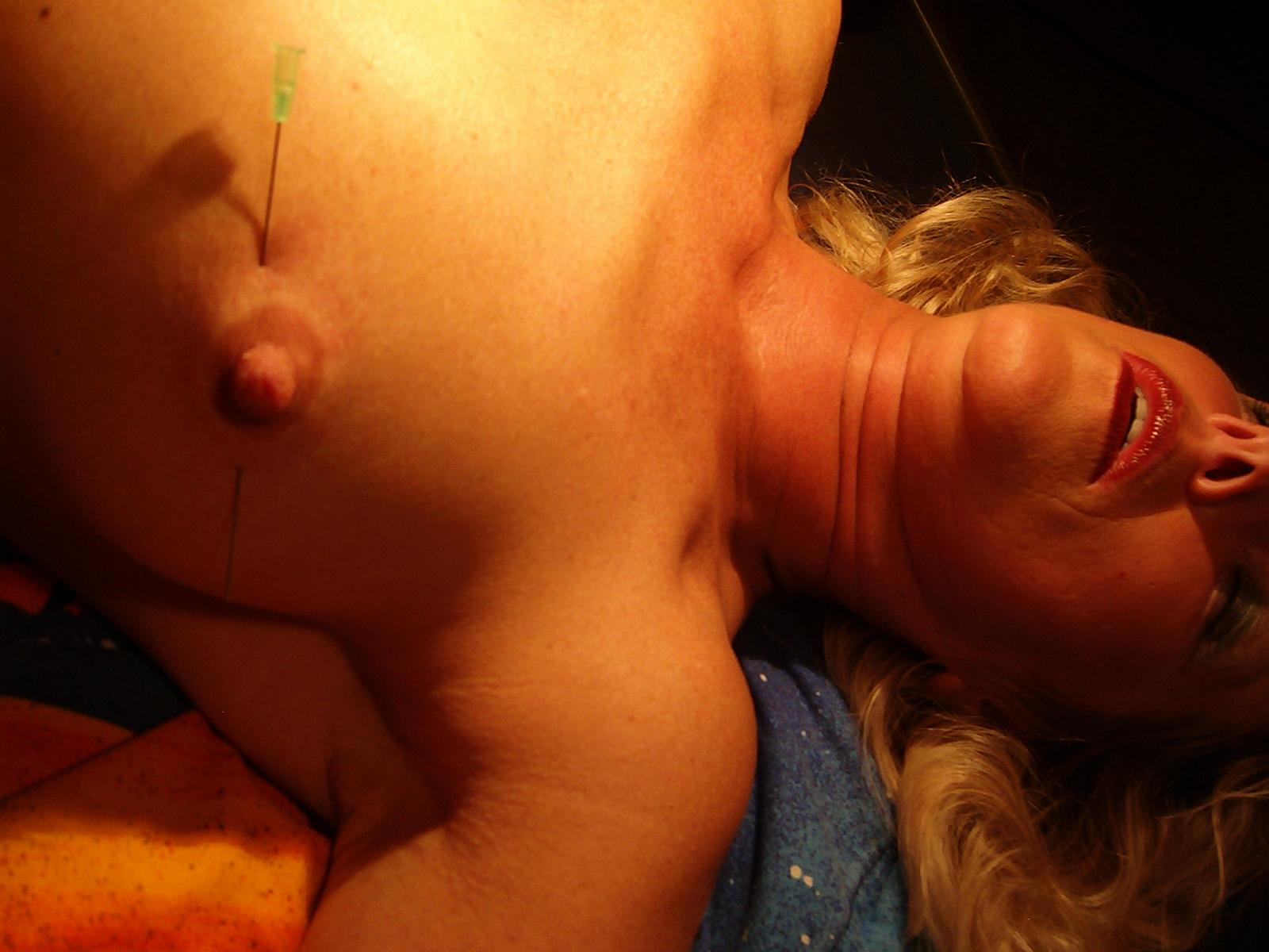 Hot milfs in threesome with big tits