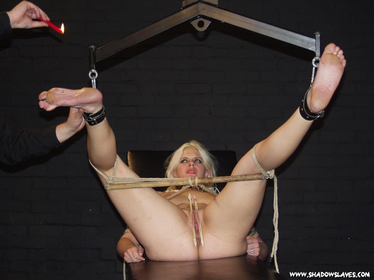Foot bending for slaves bdsm