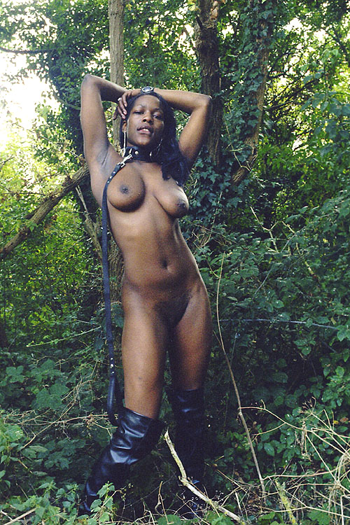 kinky stripper pic free Ebony
