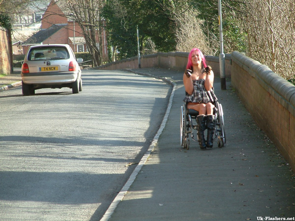 Paraprincess outdoor exhibitionism and flashing wheelchair bound babe show 4