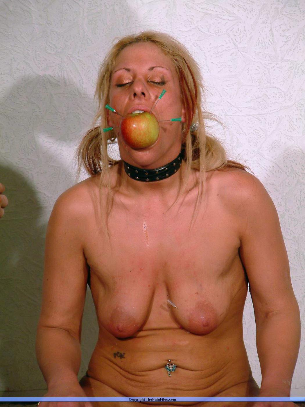 hot sexy girls naked gifs blow job