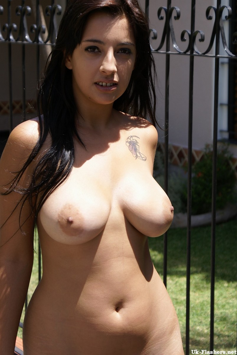 latina girls flashing tits