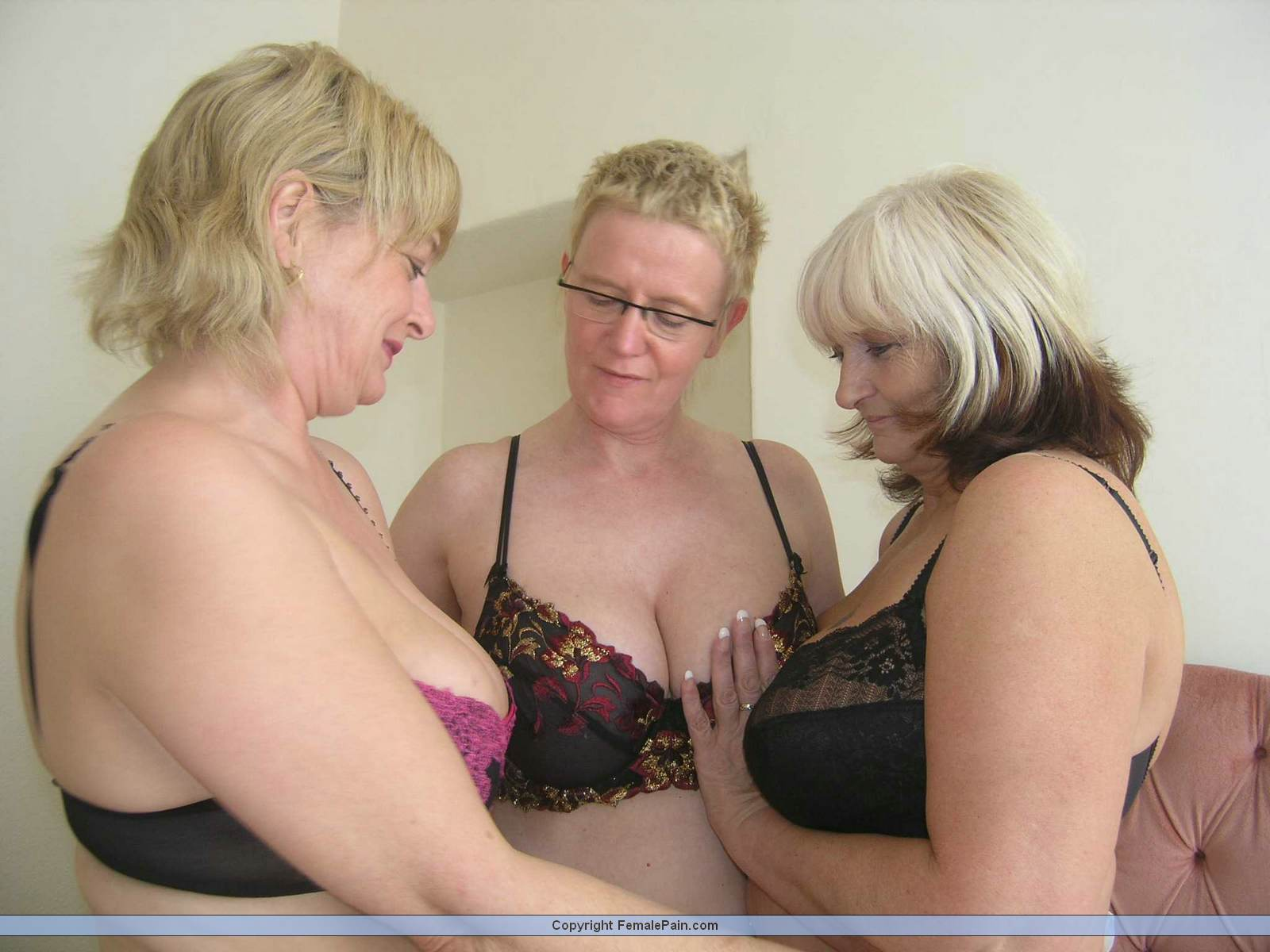 Information not Grannies in threesomes on Tell