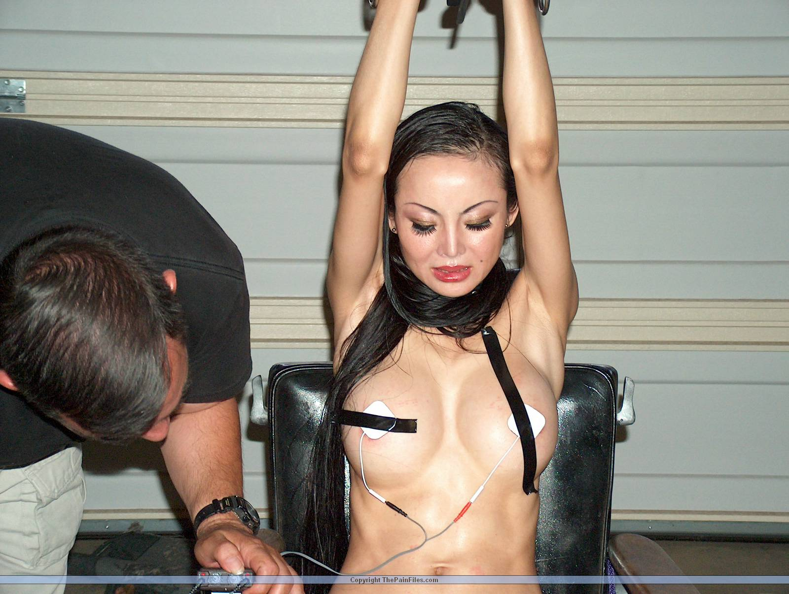 bdsm-and-asian-and-pain-maturenudeneighbor