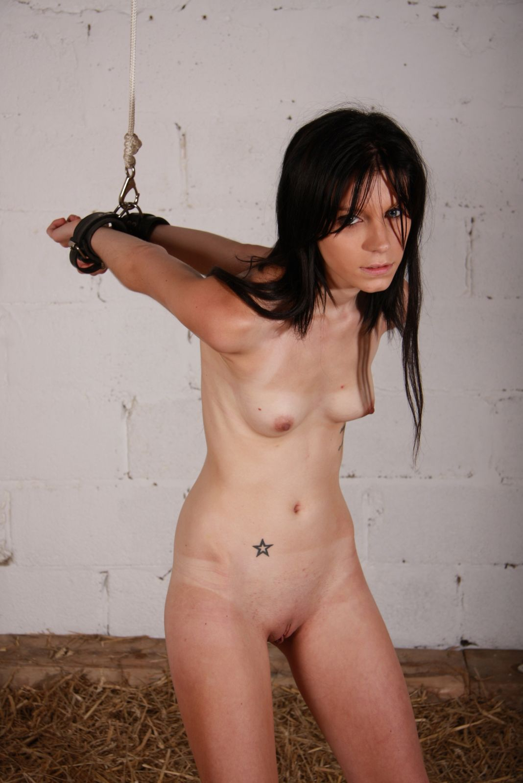 Restrained submissive tormented with toys 5