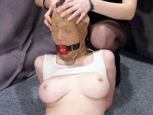 mummified-lesbian-bondage-05