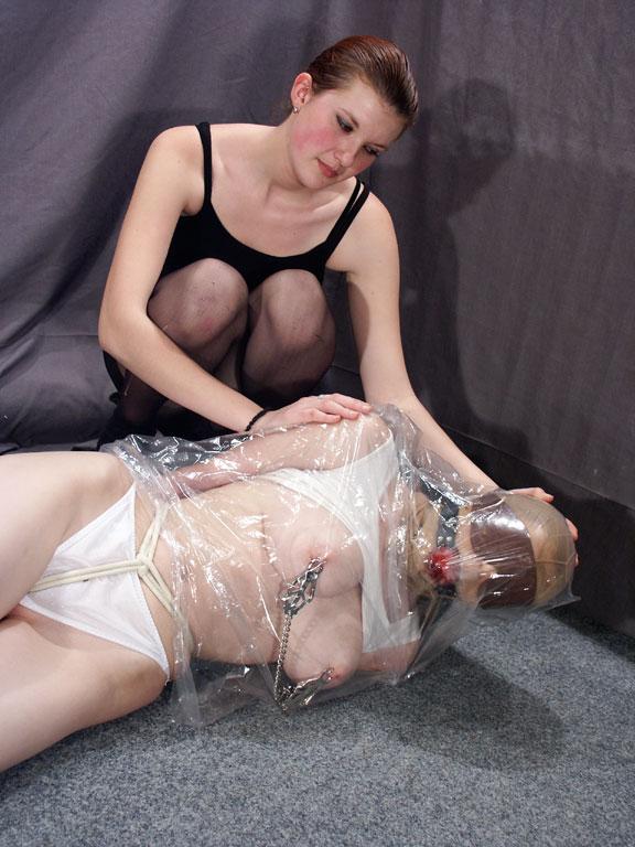 hot sexy lisa ray blowjob