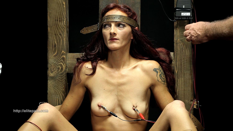 Noelle easton big boobed bikini