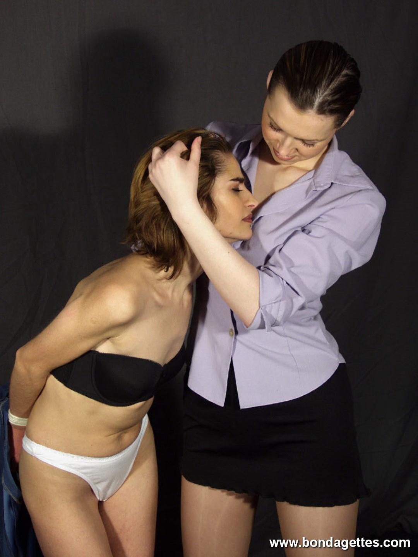 Veronicas Lesbian Bondage – Extreme Rope